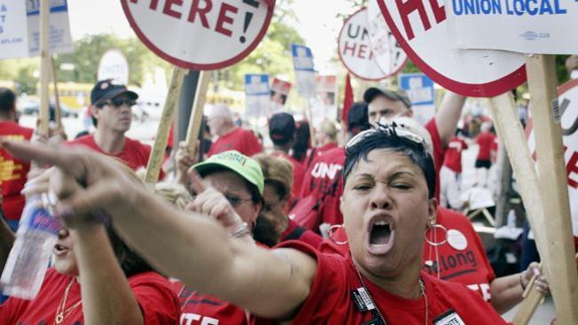 Fin a 10 años de huelga en hotel de Chicago