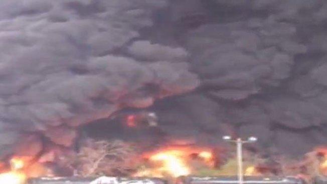 Accidente de tren desata gran incendio