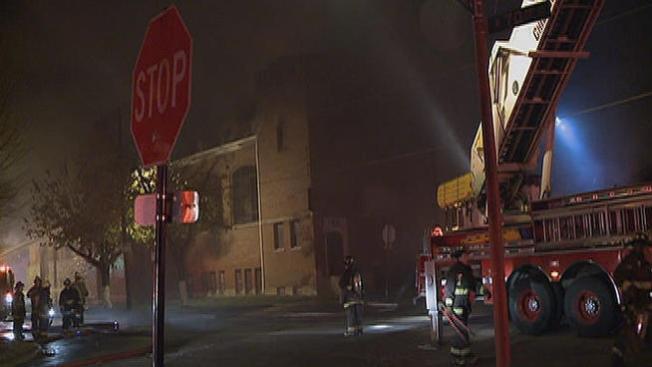 Voraz incendio consume iglesia