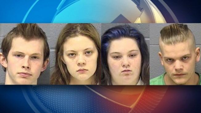 Jóvenes acusados de matar a dos amigos