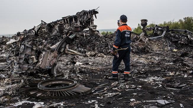 Forenses no pueden acceder al MH17