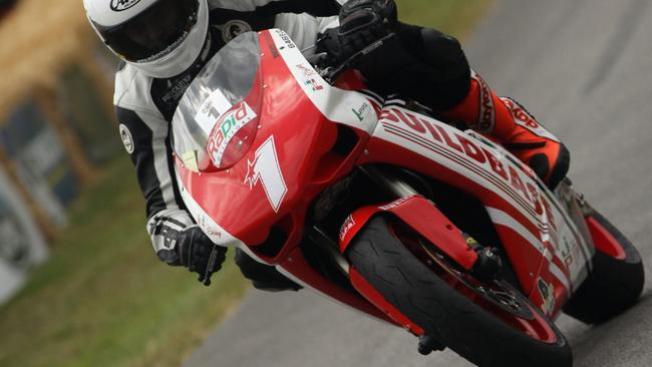 ¡Atención motociclistas veloces!