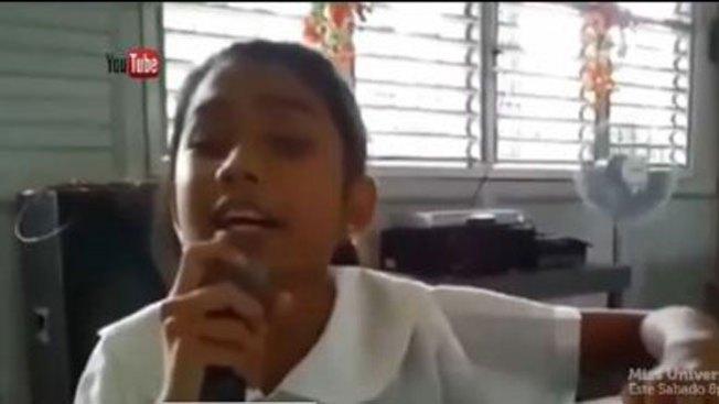 Niña ciega canta como Miley Cyrus