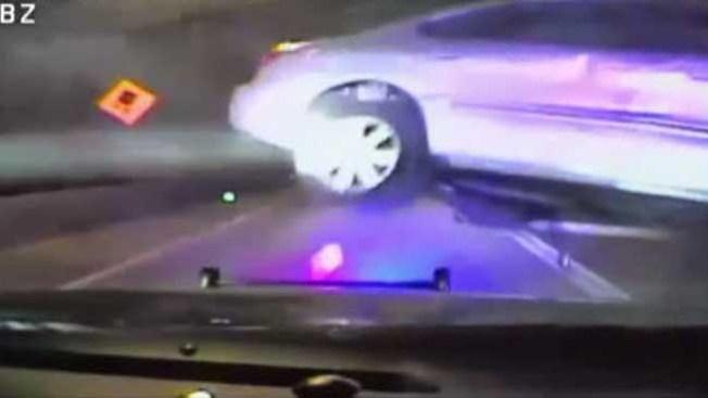 Insólito video de persecución policiaca