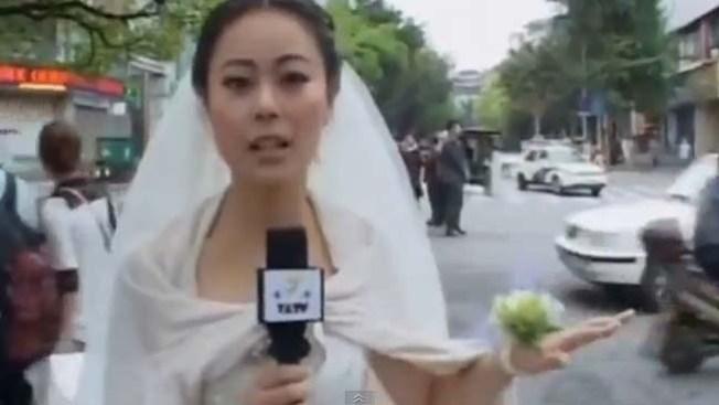 Reporta el terremoto vestida de novia