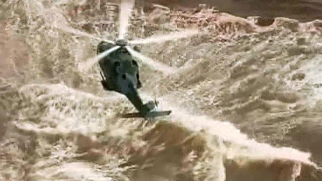 Espectacular y feliz rescate en un río