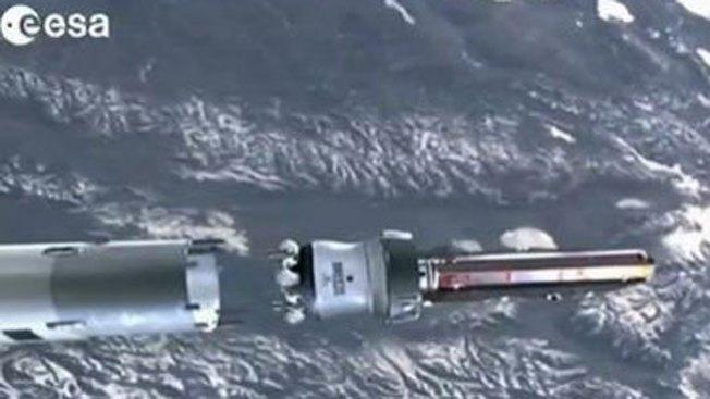 Se desintegra satélite sin causar daños