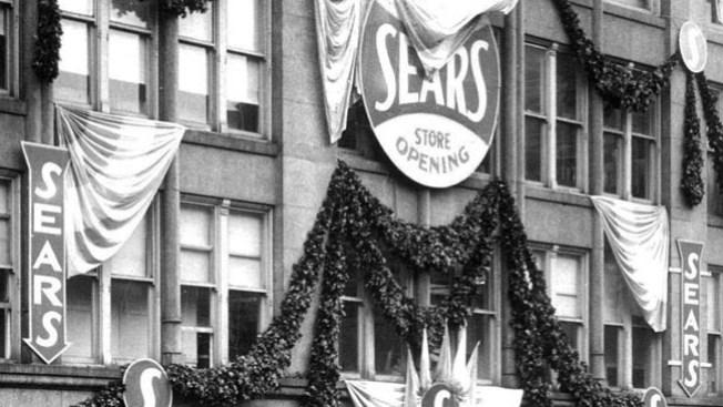 Anciano devuelve a Sears dinero robado hace 60 años