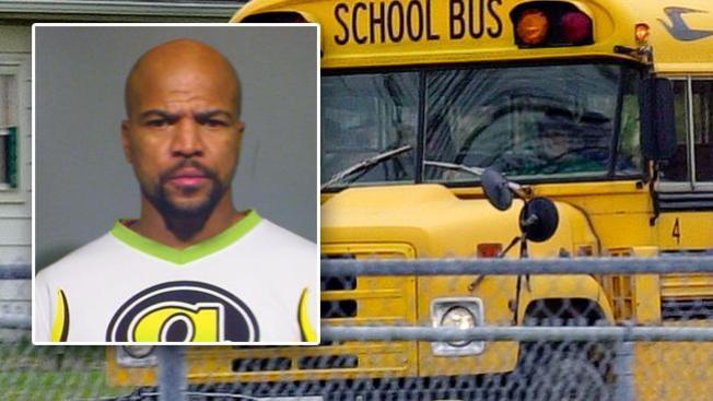 Acusado de conducir bus ebrio