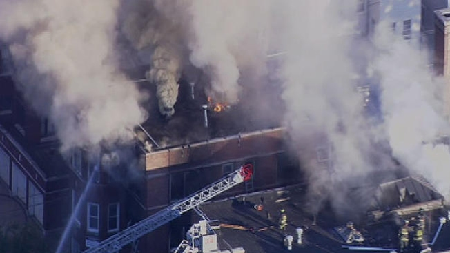 Cuatro heridos en incendio