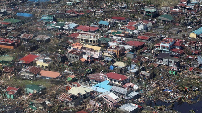 Tragedia de los sobrevivientes del tifón