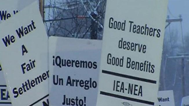 Huelga de maestros en West Chicago