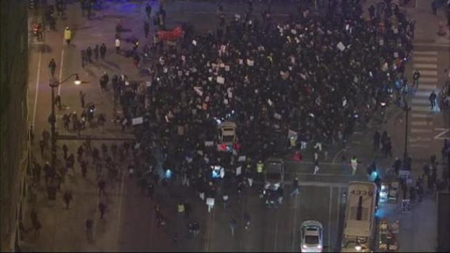 Segundo día de protestas en Chicago