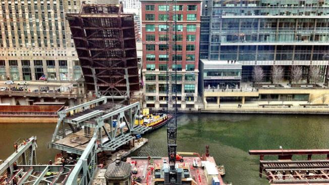 Reabren el puente de la Calle Wells
