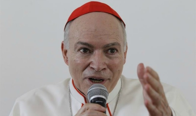 """Transición: Iglesia católica pide """"desterrar"""" el insulto"""