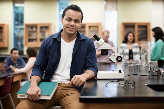 Logra tu meta de estudiar en la universidad