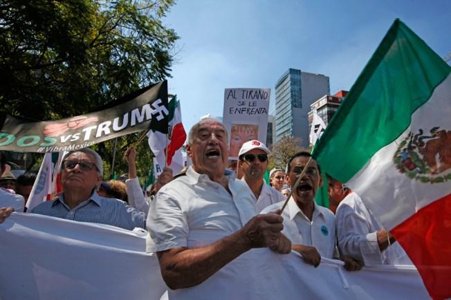 Expiden en Chicago primer acta de nacimiento fuera de México