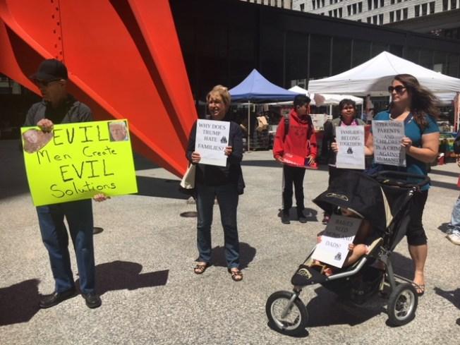 Inmigrantes en Chicago piden fin a separación de familias