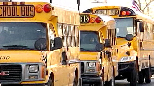 Oak Park podría eliminar servicio de autobuses escolares