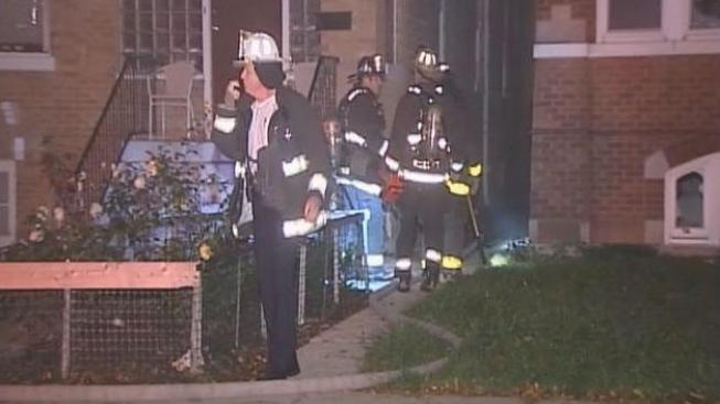 Sospechoso incendio mata a 2 mujeres