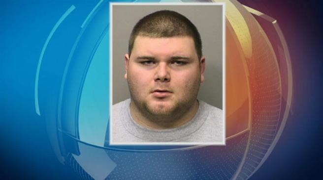 Arresto por amenazas vía facebook