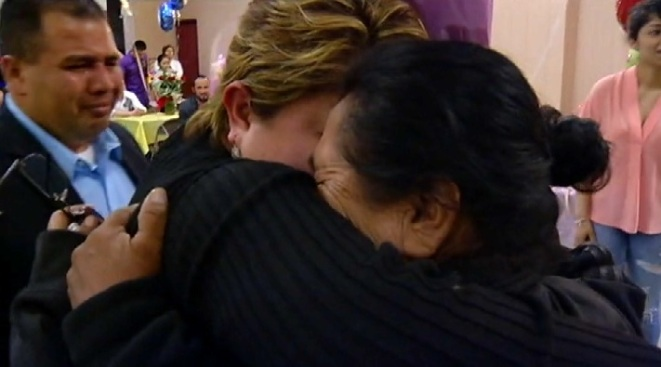 Emotivos reencuentros de inmigrantes