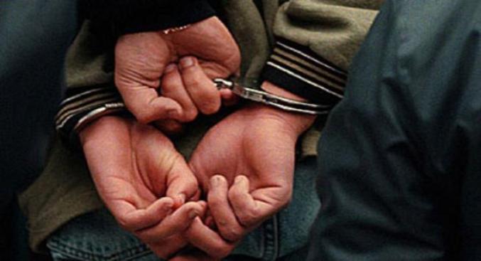 Adolescente acusado de violación a mano armada