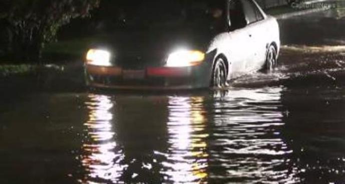 Tormentas dejan inundaciones a su paso