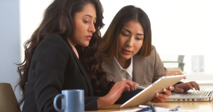 Encuentre empleo y hable inglés
