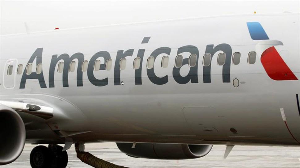 Problema con pasajero obliga retorno de vuelo a Chicago