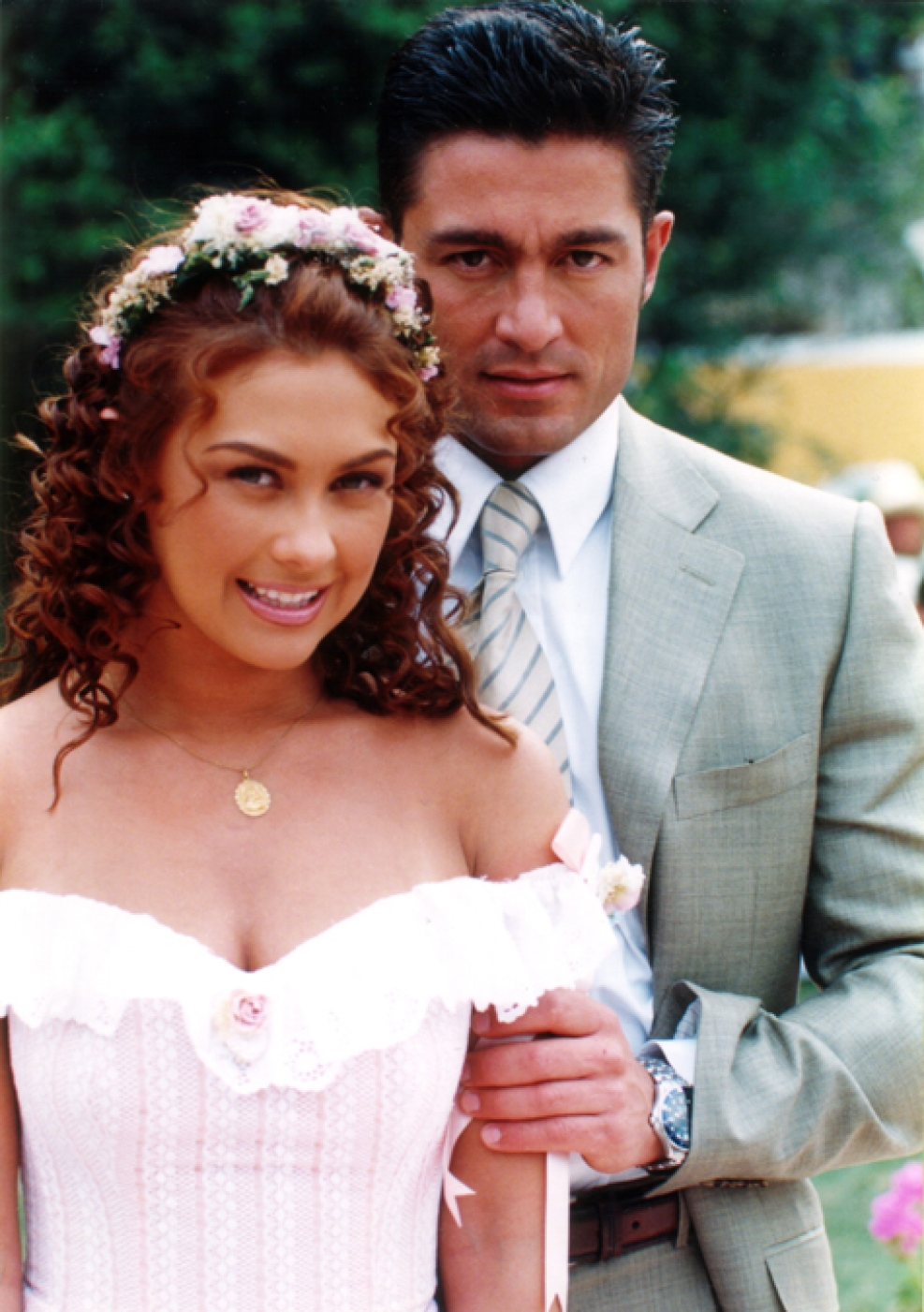 https://media.telemundochicago.com/images/987*1401/fernando-colunga-mezcalent-02.jpg